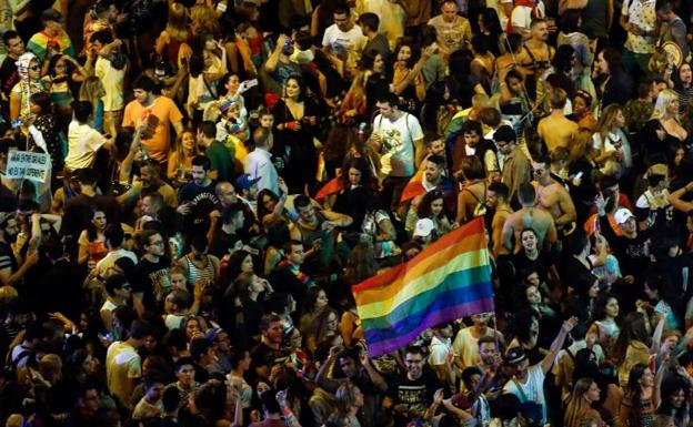 Madrid exhíbe un Orgullo multitudinario sin incidentes