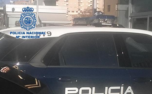 La polic a detiene en granada a un fugitivo reclamado por for Juzgado de guadix