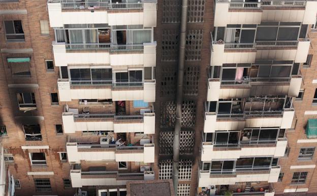 Fallece una mujer y otras 32 personas resultan afectadas for Juzgado de guadix