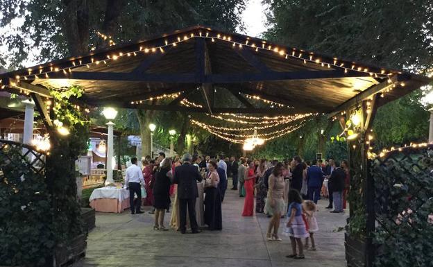 Restaurante Montserrat: Jardines de ensueño para eventos y menús de ...