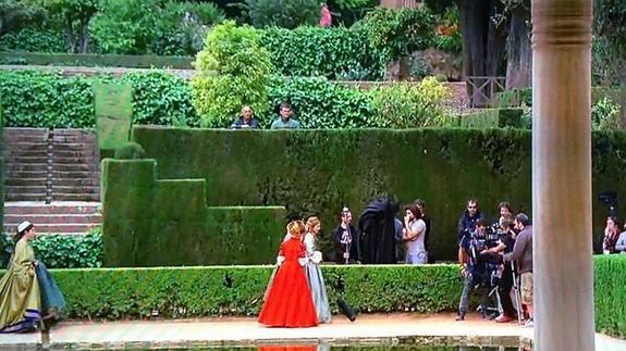 Twitter se enamora de los escenarios granadinos de Carlos Rey Emperador