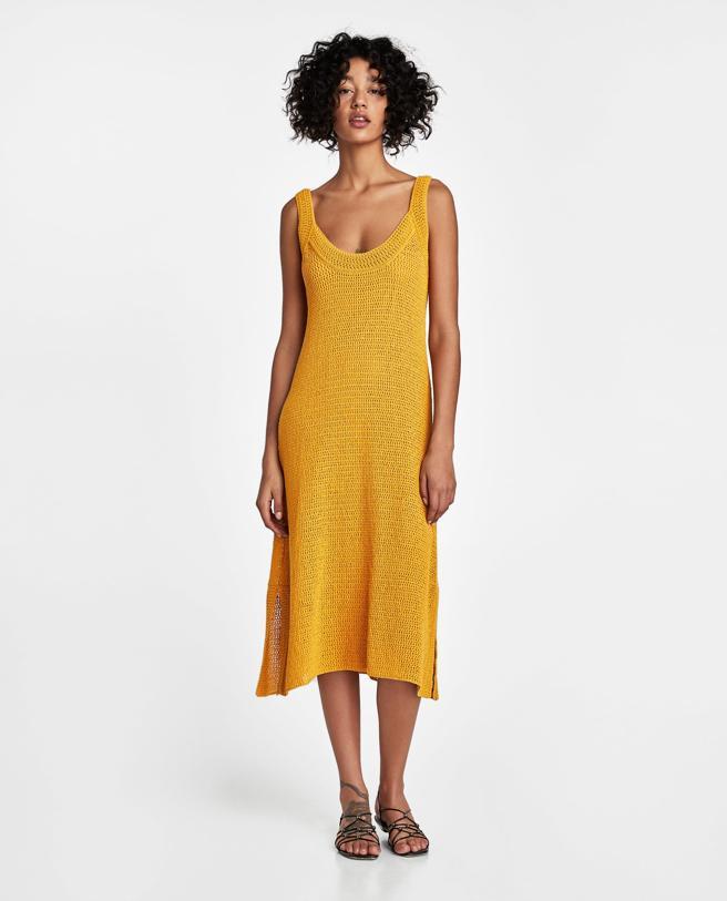 842fc1bd9 El vestido de Zara que se va a agotar y se salta las predicciones ...