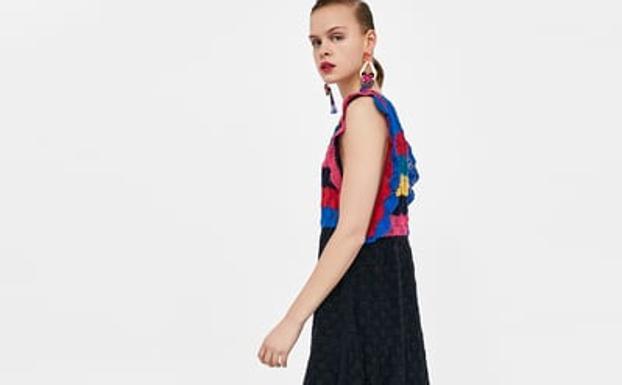Furor por el primer vestido de Zara de edición limitada: es