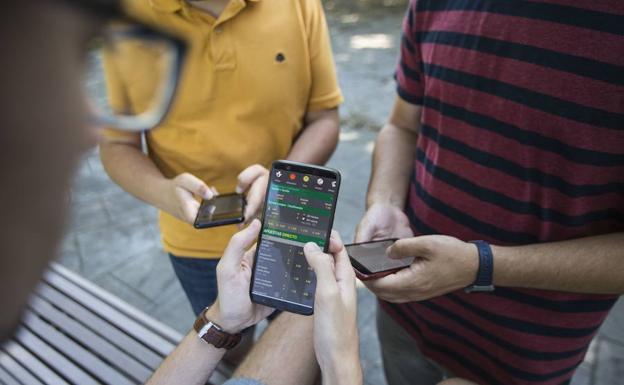 b6fc22f5cee La generación del smartphone, «menos rebelde y psicológicamente más frágil»