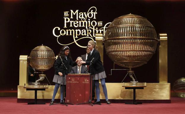 El cuarto premio de la Lotería de Navidad cae en tres localidades de ...