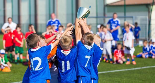 Debate en el deporte para niños  ¿competir sin resultados   39e96b6bf7b87