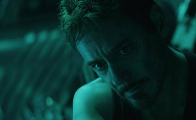Robert Downey Jr. encarna al multimillonario Tony Stark, alias Iron Man.