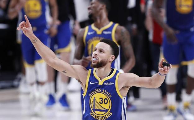 Stephen Curry celebra la victoria de los Warriors que selló el pase de los vigentes campeones a la final.