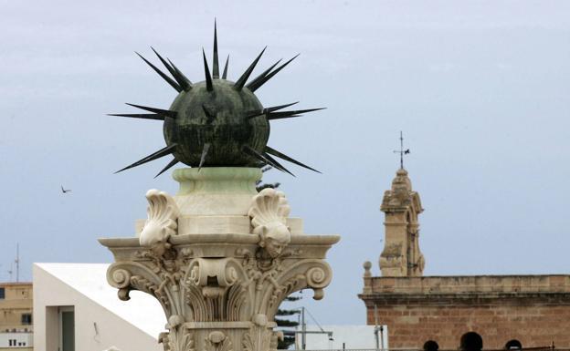 Política En Almería Adelante Andalucía Lleva Al Parlamento La Retirada Del Monumento A Los Coloraos Ideal