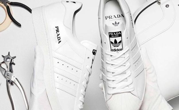 precio inmejorable buena reputación super servicio Prada colabora con una famosa marca deportiva para crear las ...