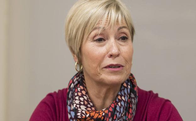 Ana Rubio. Catedrática jubilada de Filosofía del Derecho y Política en la Universidad de Granada. El feminismo ha impregnado su trayectoria académica.