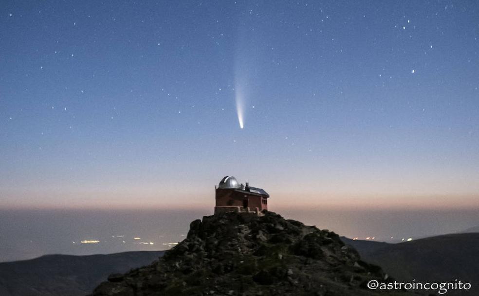 Un instante irrepetible: el cometa Neowise sobre Granada enamora a ...