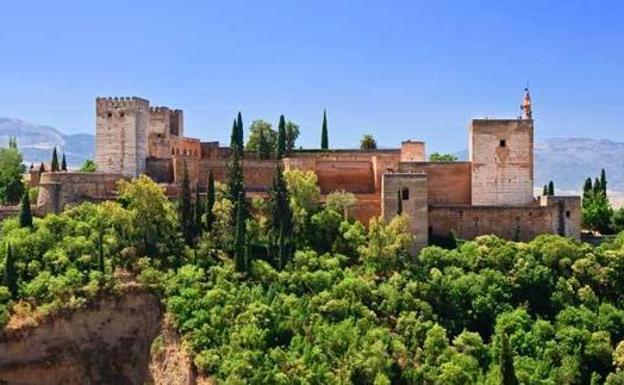La Alhambra, elegida como uno de los castillos más deslumbrantes de Europa
