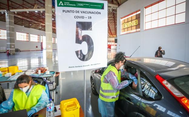 ¿Cómo se puede solicitar el certificado de vacunación contra la covid en Andalucía?