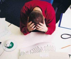 dolor de cabeza con latidos en la sien
