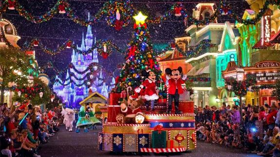 Fotos Carrozas Navidenas.3 Lugares Del Mundo En Los Que Aun Sigue Siendo Navidad Ideal