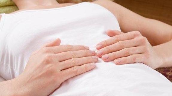 dolor abdominal inferior derecho en mujeres